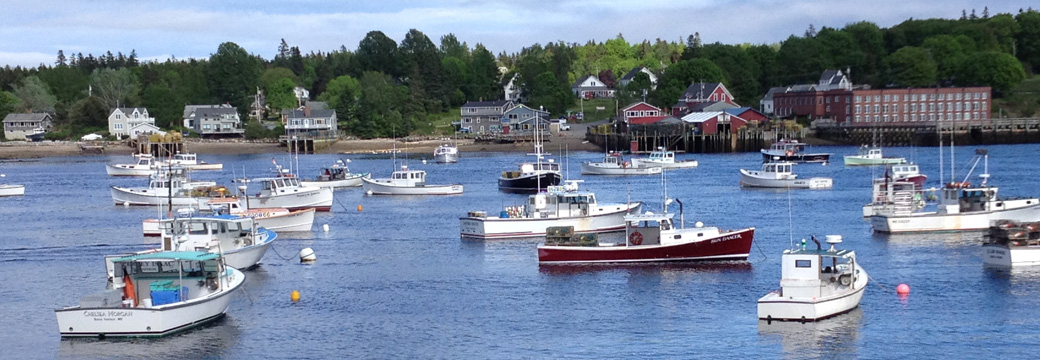 boats in Bass Harbor Maine